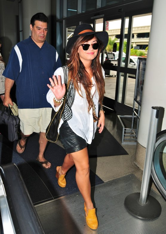 Airport Style At The Trend Boutique The Official Blog Of